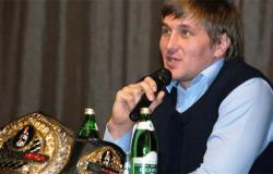 Брянского бойца Минакова назвали сильнейшим российским тяжеловесом
