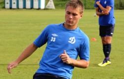 Экс-брянский футболист не желает снижать 400-тысячную зарплату