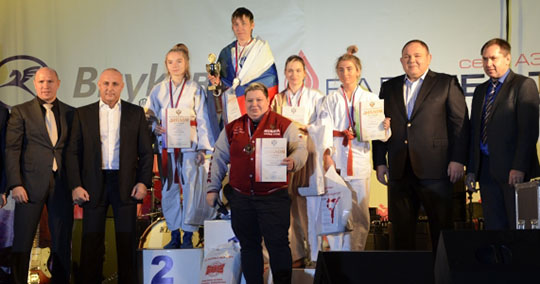 Брянские рукопашницы привезли три медали с чемпионата России