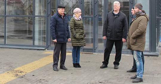 Губернатор выделил на форму суземским хоккеистам полтора миллиона рублей