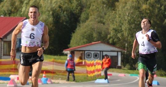 Александр Большунов стал вторым в забеге лыжников