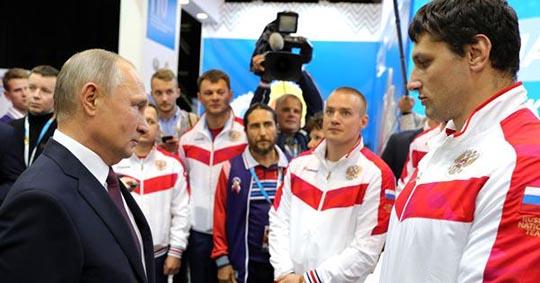 Владимир Путин продлил режим нерабочих дней до 30 апреля