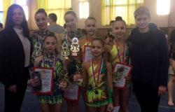 Акробатки из Брянска победили на традиционном турнире в Воронеже