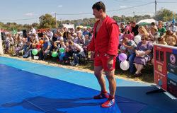 Артём Осипенко победил Юрия Рыбака в открытом Кубке губернатора Брянской области по самбо