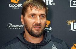 Виталий Минаков сообщил, что бой с Айялой могут перенести на декабрь