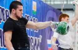 Денис Анищенко из Новозыбкова стал Чемпионом России по гиревому спорту
