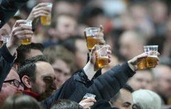 Пиво может вернуться на стадионы