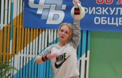 Брянская спортсменка стала второй на Кубке Москвы по гиревому спорту