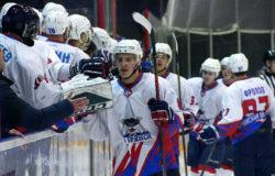 Брянские хоккеисты сегодня стартуют в первенстве НМХЛ