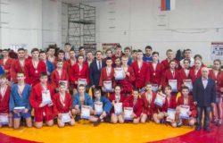 Артем Осипенко наградил победителей и призеров открытого первенства Брянска