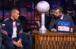 Брянский лыжник Большунов побывал в гостях у «Вечернего Урганта»