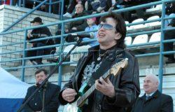 Четырнадцать лет назад Барыкин впервые исполнил гимн брянского «Динамо»