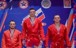 Мамонов Антон стал победителем Кубка России по самбо