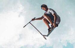 Катание на трюковом самокате: 4 правила безопасности
