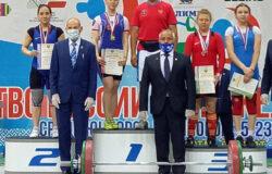 Брянские тяжелоатлетки завоевали 5 медалей на первенстве России