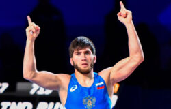 Российский вольник Угуев принёс сборной 16-е золото Олимпиады
