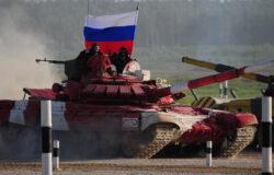 Брянский военный стал чемпионом мира в танковом биатлоне